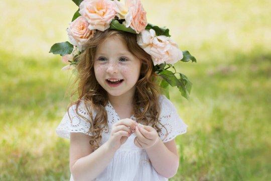 wiosenny portret dziecka, fotografia dziecięca